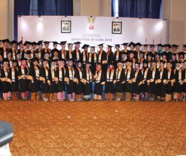 Wisuda Angkatan Pertama Fakultas Pendidikan Sampoerna University